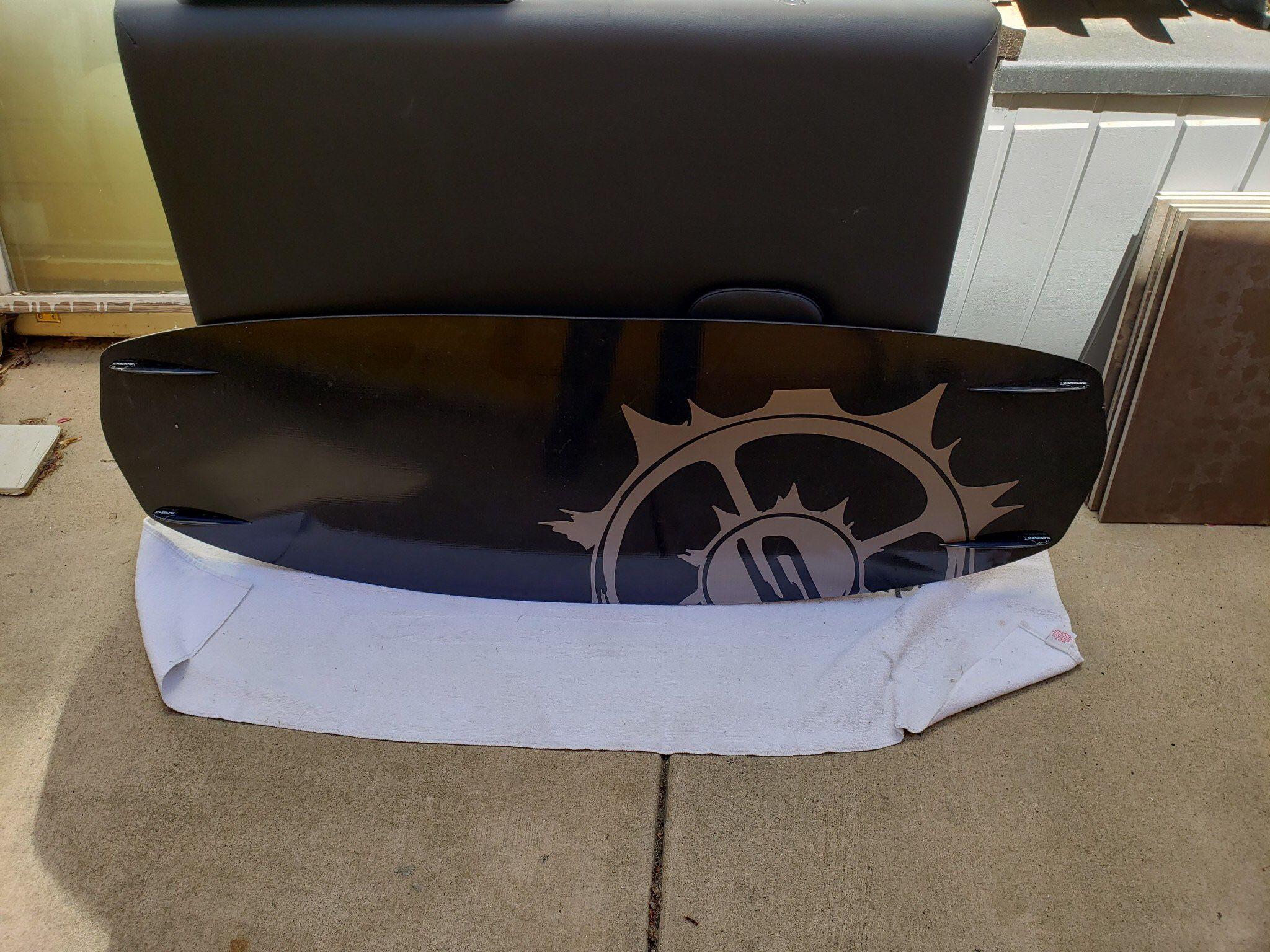 Slingshot Ultralight Wakeboard Deck