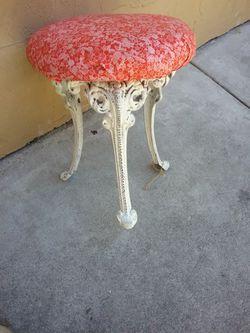 SMALL iron stool Thumbnail