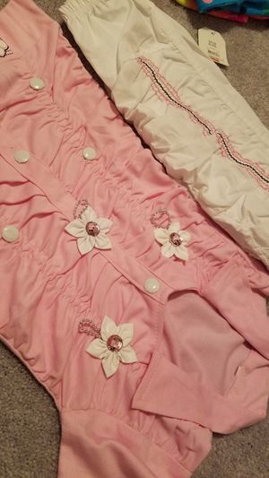 Girls dress beautiful and very pretty outfit for Sale in Manassas, VA