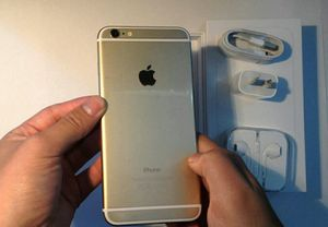 IPhone 6, Factory Unlocked, Excellent condition for Sale in Arlington, VA