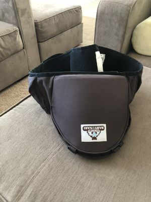 Baby Nari hip hugger carrier for Sale in Suffolk, VA