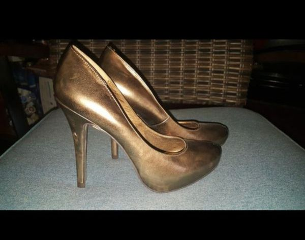 7ccbd7606675 Brown Copper Tone Heels ( new) (General) in Puyallup