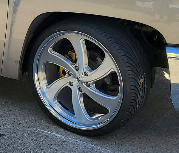 24 Inch Staggered Wheels For Sale In Grapevine, TX