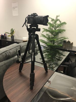 Flawless, Barely Used Sony A7 Digital Mirrorless Camera, 35mm lens & more for Sale in West McLean, VA