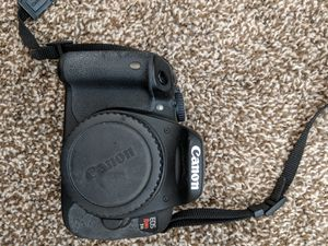 Canon t4i camera and Canon 18-55mm lense with batteries and charger for Sale in West Linda, CA