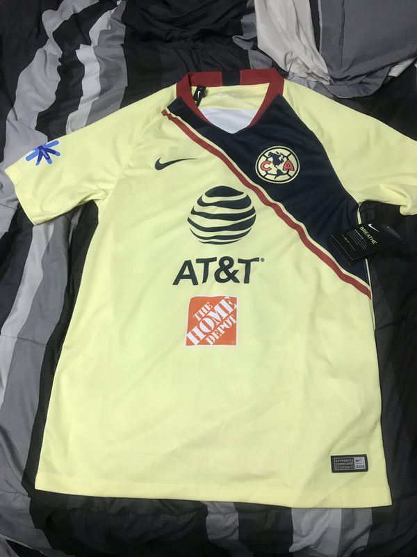 1e2ef1b72d5 Nike club America size small Mexico new! Soccer jersey for Sale in ...