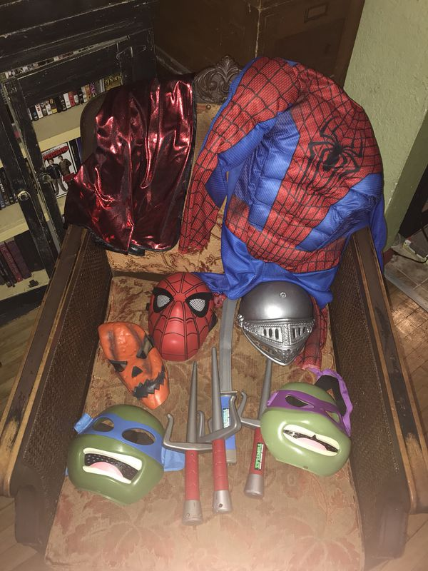 shop clowns source misc halloween costume lot for sale in tacoma wa offerup