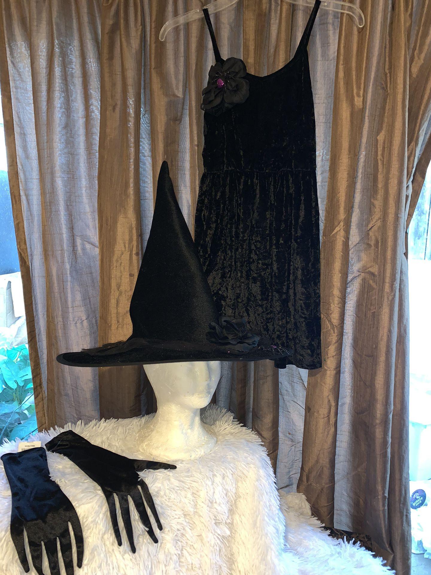 Disney descendants2 witch Halloween costume size medium for girl