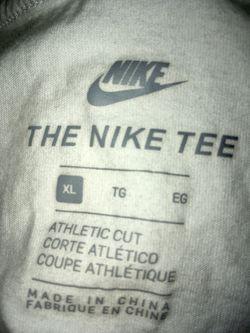 Nike adult xl shirt Thumbnail
