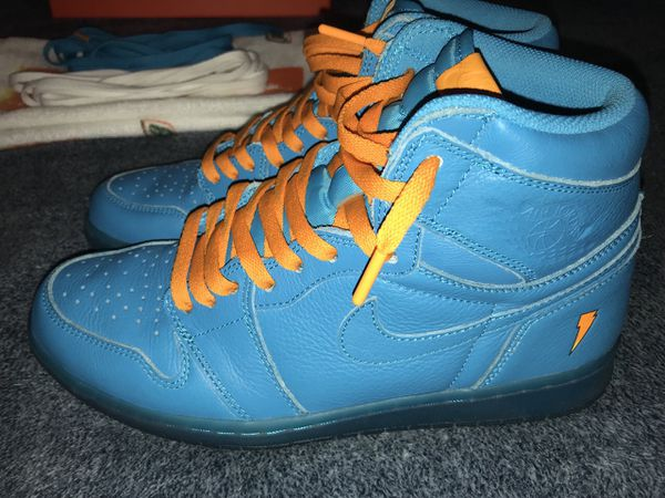 "b43b48b99d6 Jordan 1 Gatorade ""Blue Lagoon"" in original box. Unused towel included. 3  sets of laces (orange, blue, white) Worn once. size 10"