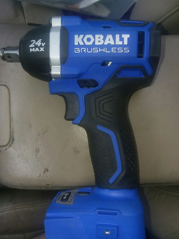Kobalt 24 Volt Max 1 2 In Drive Cordless Impact Wrench Tool Only