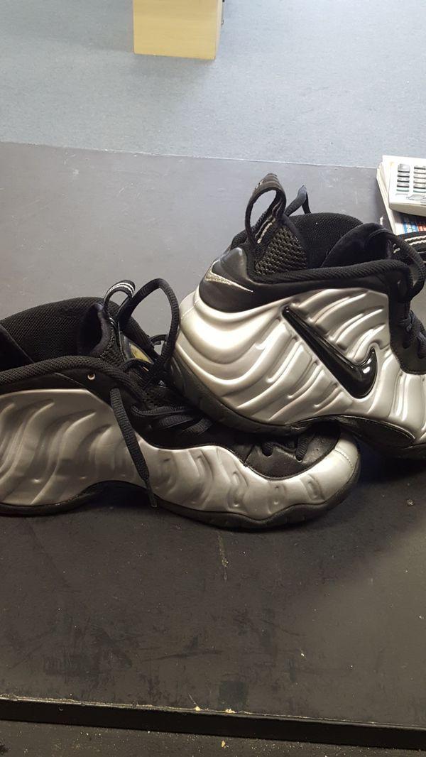 63c1486cc7198 Nike foamposite silver pro mens size 10.5 for Sale in Ocala
