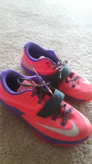 Pink KD size 7 for Sale in Rockville, MD