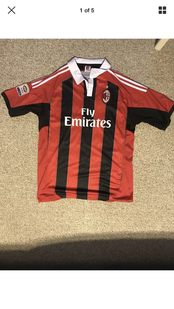 the best attitude 28fda d4e06 Ac milan zlatan Ibrahimovic Jersey for Sale in Paramus, NJ - OfferUp