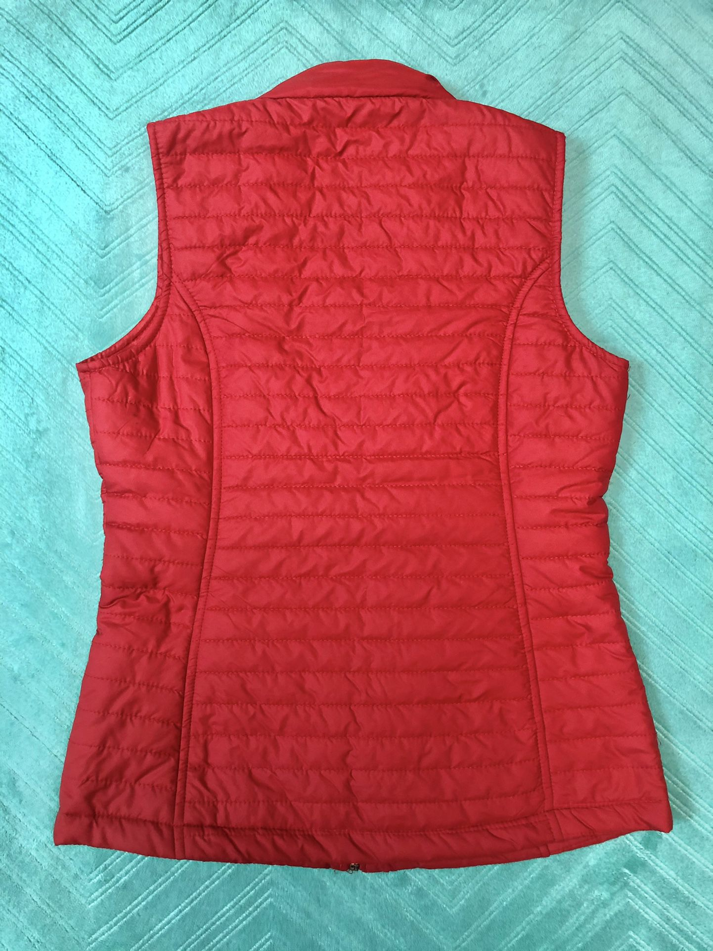 AISHTY Vest Size S Color Red