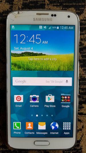 AT&T Samsung Galaxy s5 for Sale in Manassas, VA