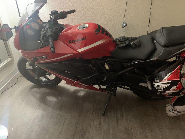 Kawasaki ex 250 j 2012