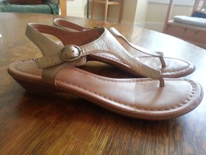 Gold sandals - women's 8.5 for Sale in Portland, OR