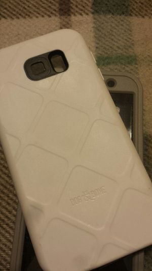 Dog&bone waterproof galaxy s6 case white for Sale in Murfreesboro, TN