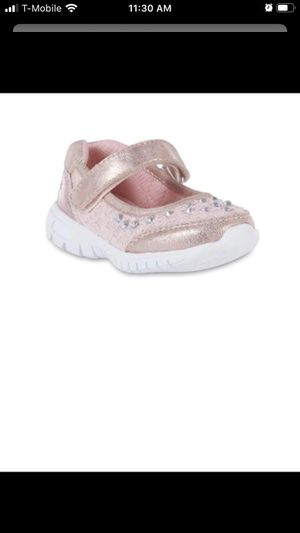Photo New in box girls pink shoes size 6 toddler