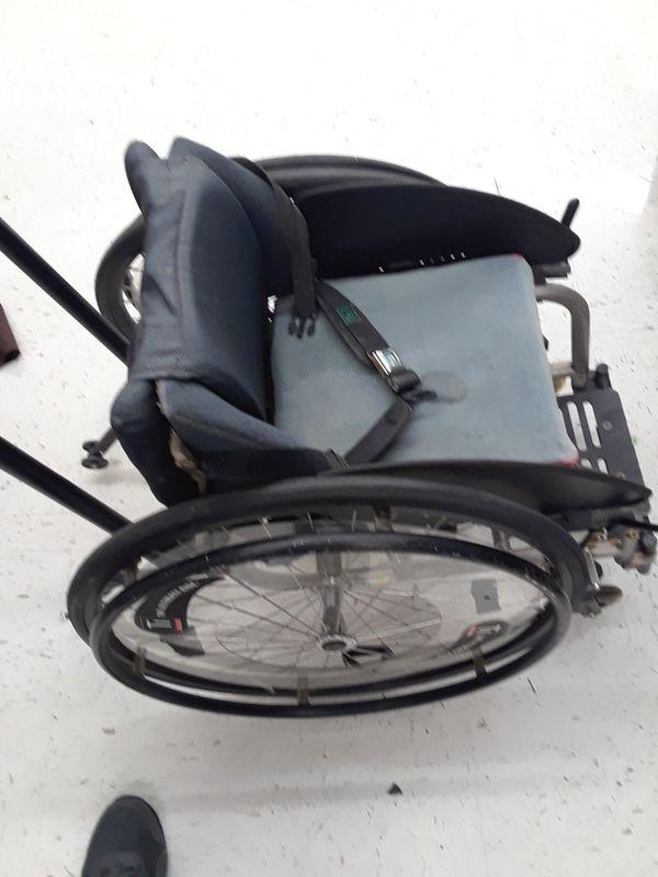 Offer Up Wheelchair