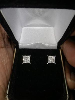 VS Diamond Ear Rings for Sale in Rockville, MD
