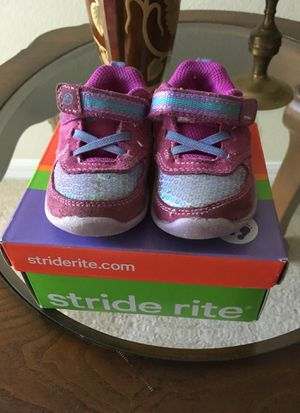 Girl size 4 Stride Rite (baby) for Sale in Cary, NC