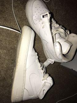 Air Force 1's (Nike Air) Thumbnail