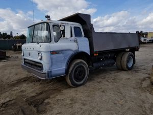 Photo 73 Ford Dump Truck **MUST BE TOWED READ DESCRIPTION