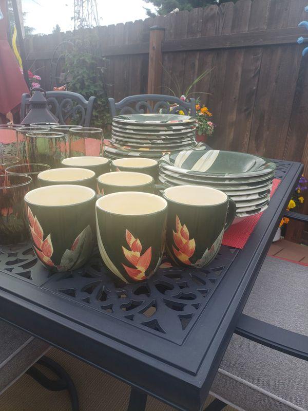 Tropical Dinnerware Set For Sale In Lynnwood Wa Offerup
