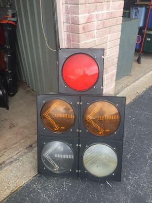 Traffic Lights For Sale >> Real Stoplight Traffic Light For Sale In Mo Us Offerup