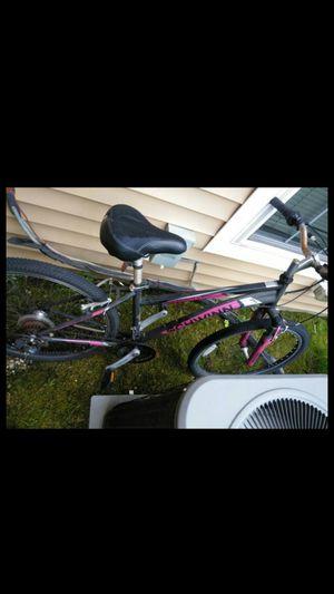 Schwinn Mountain Bike for Sale in Jessup, MD