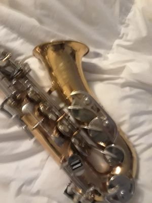 Bundy 'll selmer saxaphone for Sale in Elizabethtown, KY