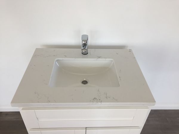 Bathroom Vanity For Sale In Anaheim CA OfferUp - Bathroom vanities in anaheim ca