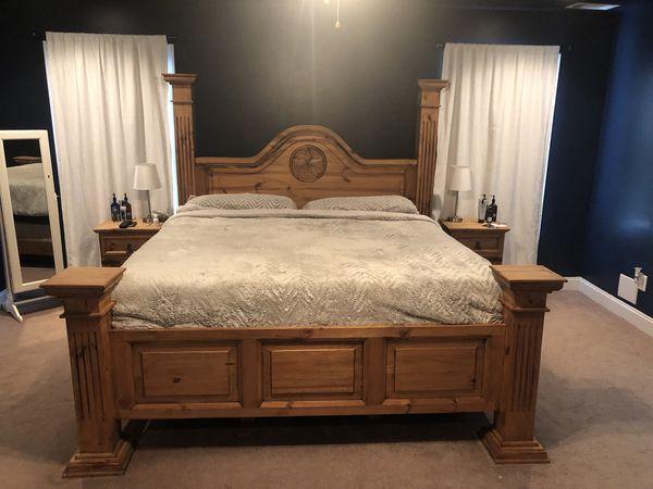 King size master bedroom set for Sale in Phenix City, AL ...