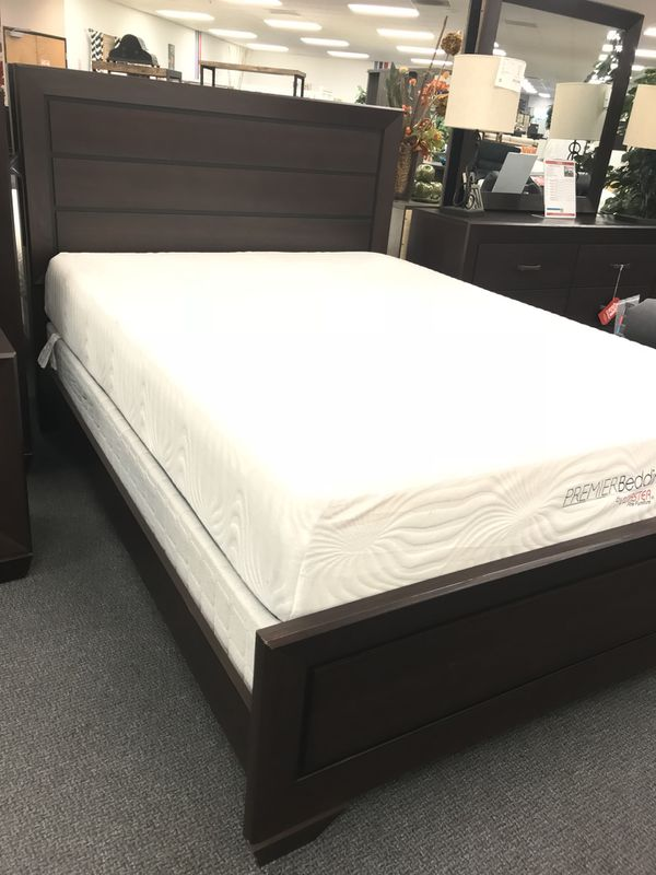 Cappuccino Brown Wooden Bed Frame / Brand New / Mattress And Box ...