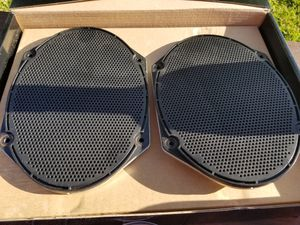 5 x 7 speakers for Sale in Houston, TX