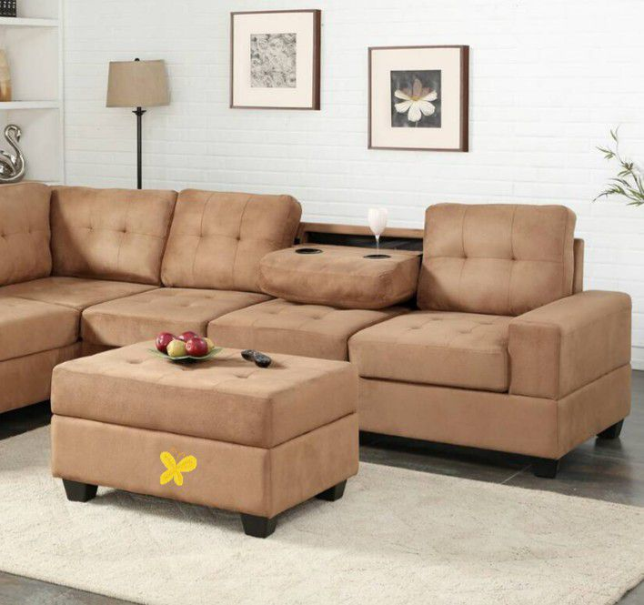 💕💕 SAME DAY and FAST DELIVERY 🚚🚚 BRAND NEW and IN BOX😍 Heights Taupe Reversible Sectional With Storage Ottoman