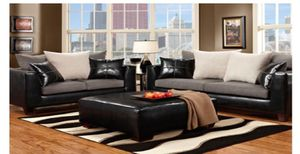 Nice sofa and love seat for Sale in Chicago, IL