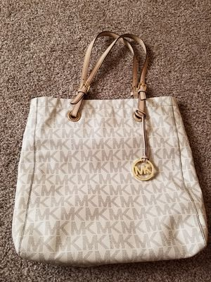 Michael kors purse for Sale in Oklahoma City, OK