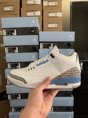 Photo Air Jordan 3 Retro UNC size 8, 10, 11