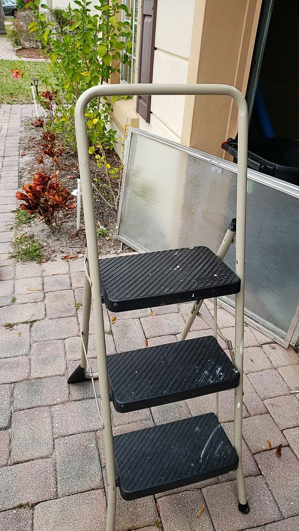 Cosco Step Stool For Sale In Port St Lucie Fl Offerup