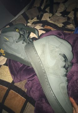 Brand new Air Force 1s Size 9.5 Thumbnail