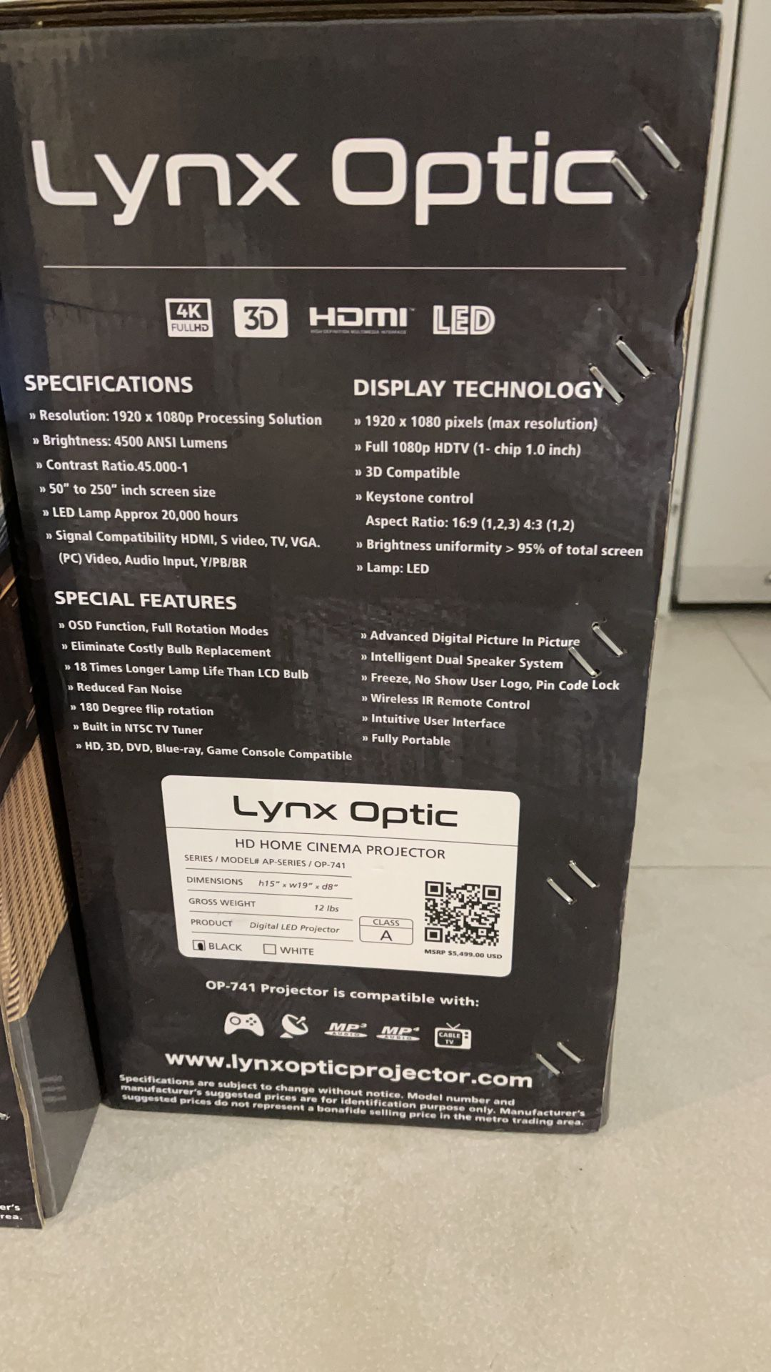 Lynx Optic Op 741 LED Smart Projector
