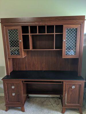Desk With Hutch For In Joplin Mo