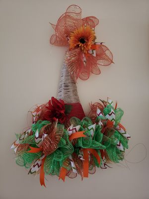 Scarecrow hat wreath for Sale in Lynchburg, VA