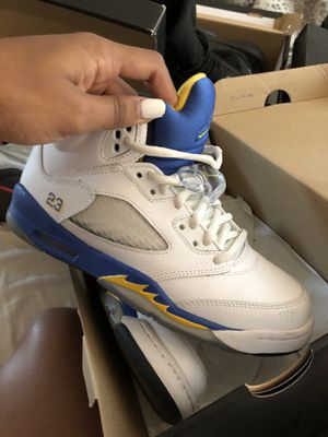 Air Jordan 5 / size 6 for Sale in Chevy Chase, MD