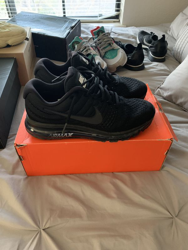 Nike air max 2017 for Sale in Mountain View e8fc6400516