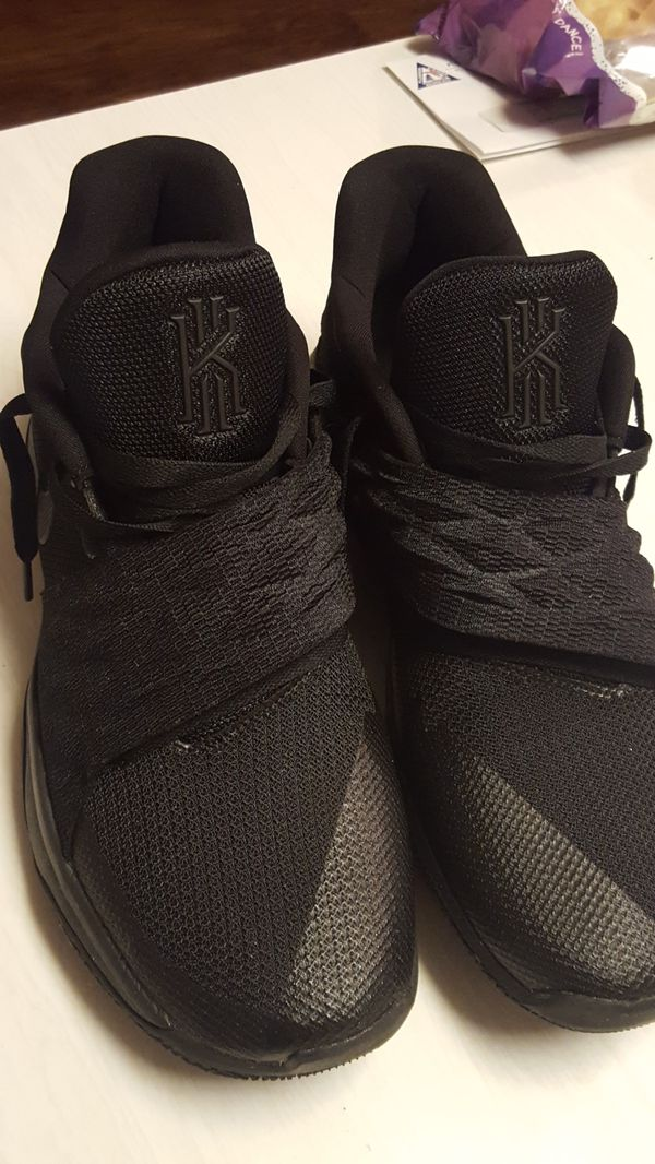 d9b30ea5e9c Kyrie low triple black anthracite mens size 12 nike basketball shoes ...