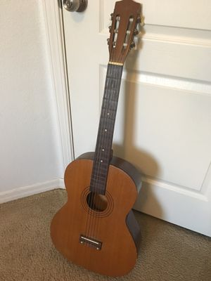 Classical Guitar for Sale in Kissimmee, FL